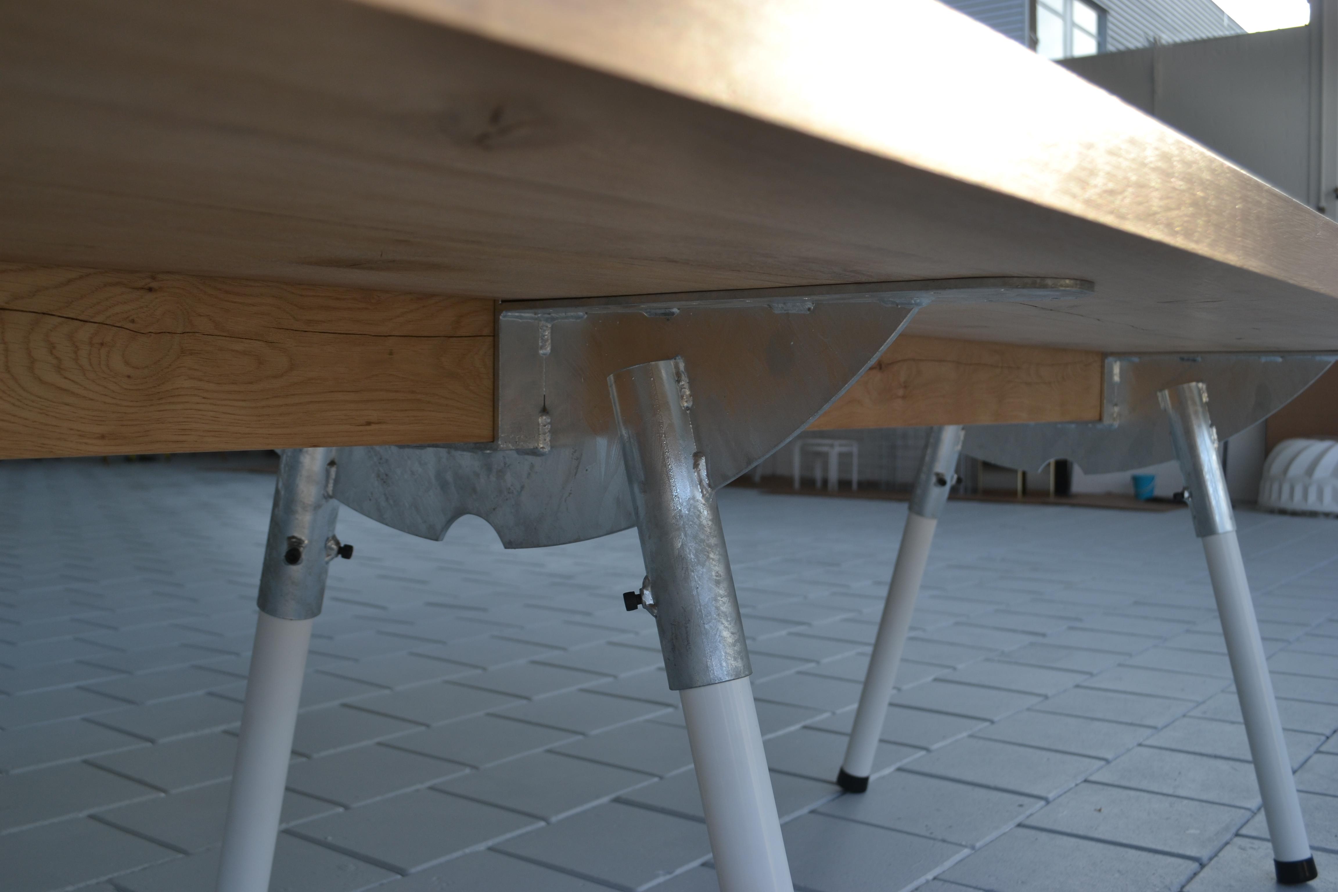 Meubelmaker Eindhoven meubel eikenhout eiken kledingkast kast op maat meubel op maat meubelontwerper meubel ontwerp ontwerp en uitvoering houtwerff jorrit van der werff interieur meubels in opdracht dressoir modern meubel Dutch Design Week DDW17 DDW16 Sectie C Area C SectieC massief