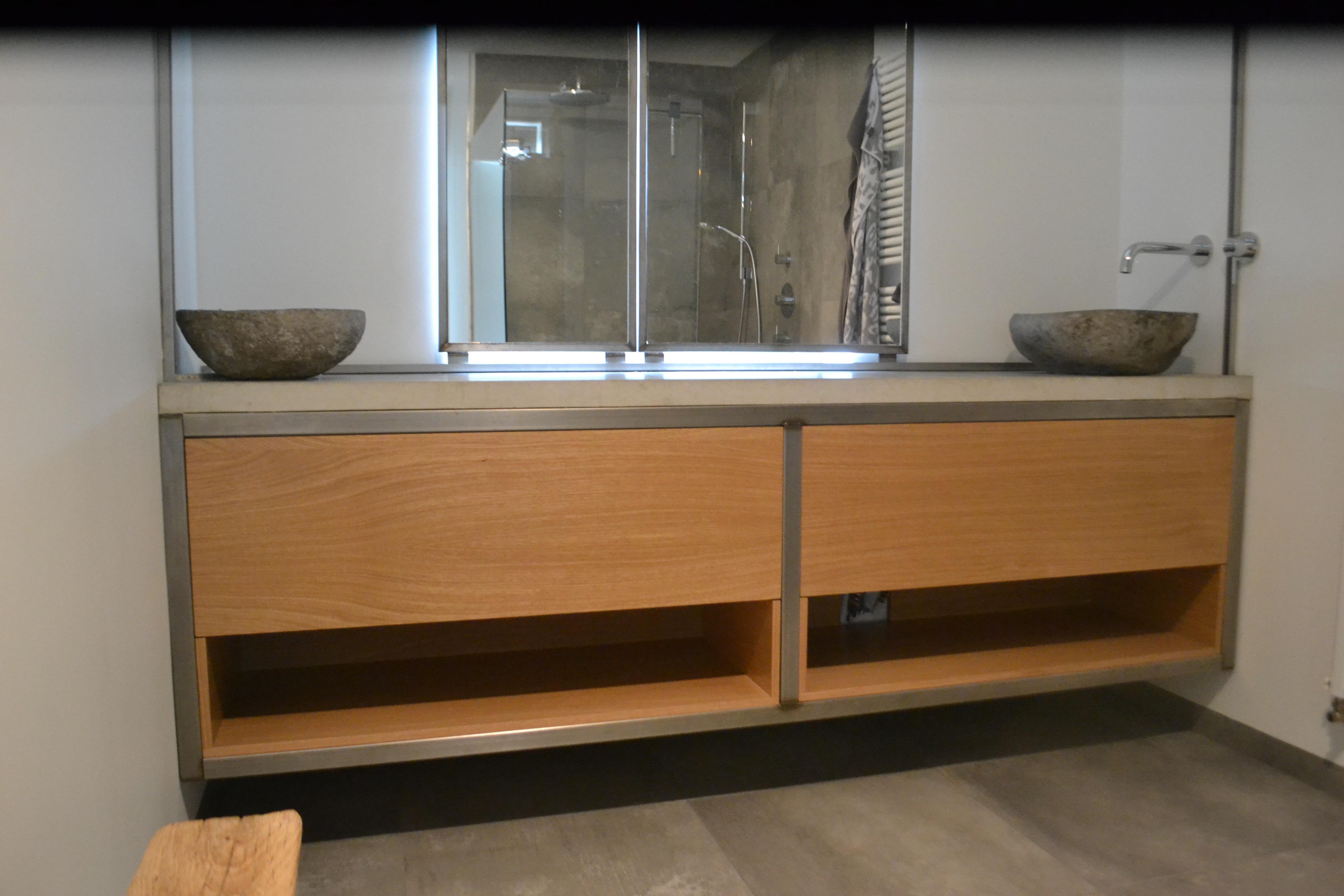 Badkamermeubel op maat hout