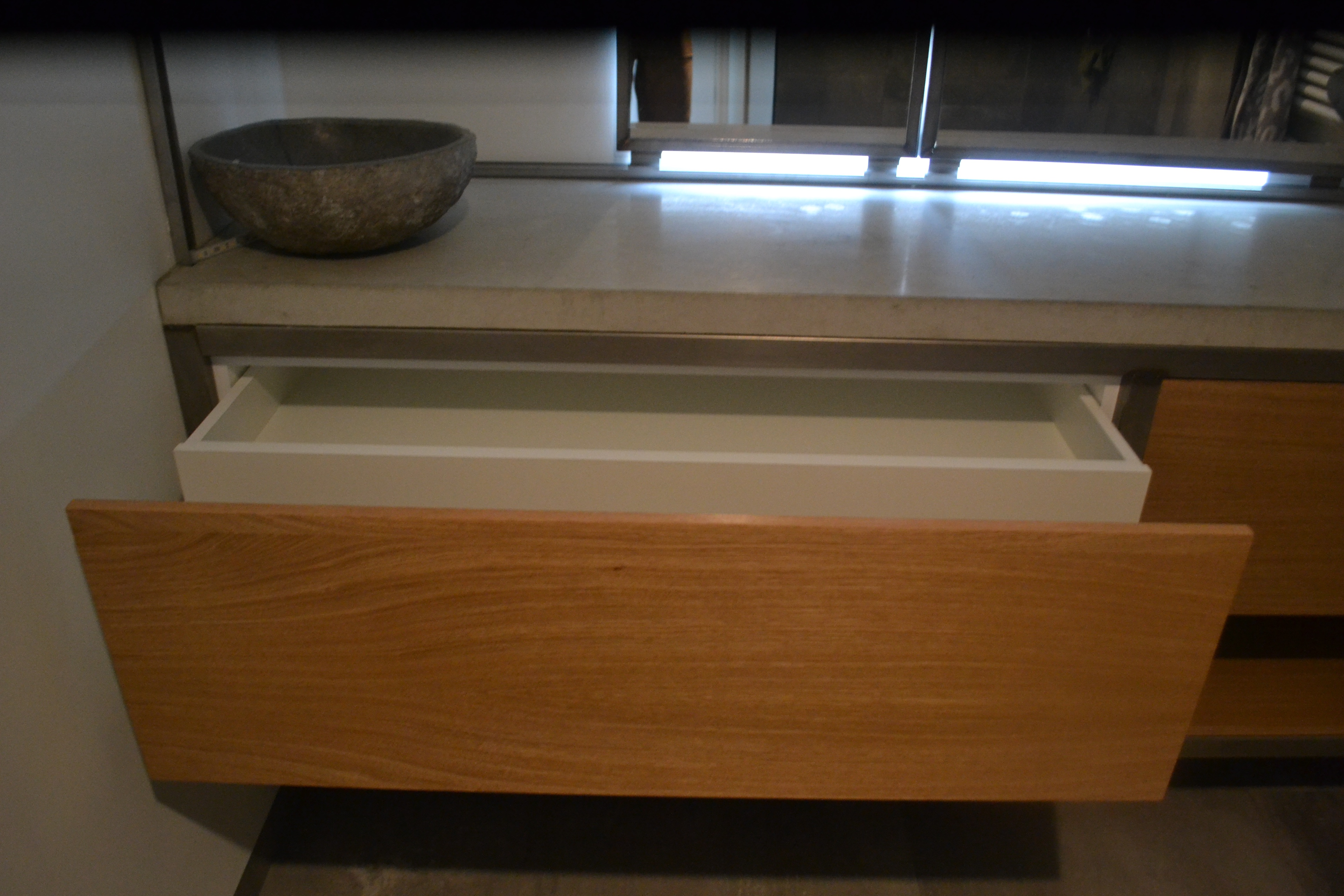 badkamermeubel met stalen frame