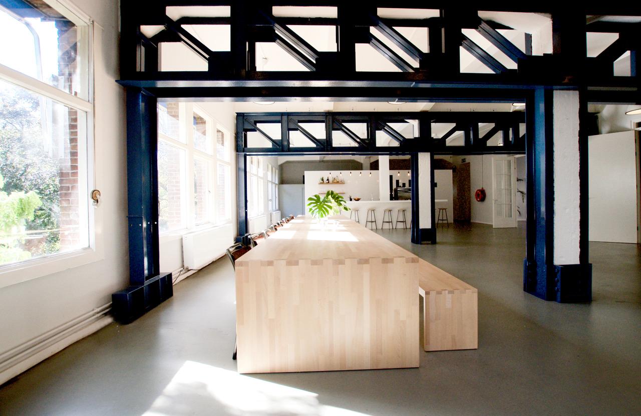 #Meubelmaker  #Eindhoven  #meubelmakerij #interieuropmaat #DutchDesignWeek #meubelsopmaat #Handgemaakt #Houtentafelopmaat #tafelopmaat #Eikentafel ##kastopmaat #dressoiropmaat #amsterdam